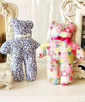 These mini teddy-bears are just the right size for little hands to hold. Finished height is approx 19cm.  See this fab. site for template and tutorial.
