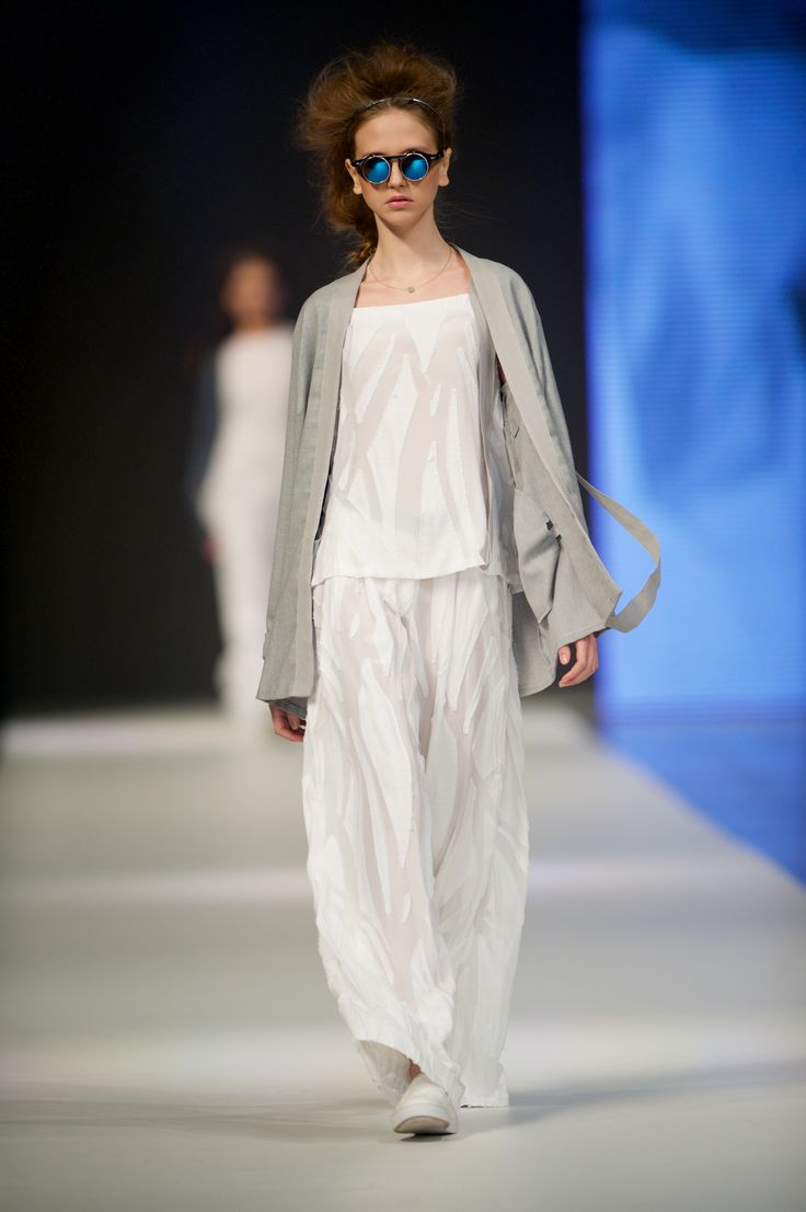 Biżuteria YES towarzyszyła pokazowi marki Malgrau podczas 11. edycji FashionPhilosophy Fashion Week Poland w Łodzi / fot. Łukasz Szeląg  #model #runway #catwalk #Malgrau #fashion #week #poland #fashionweek #fashionweekpl #fashionshow #style #new #collection #lodz #polska #jewellery #YESandFWP #BizuteriaYES #jewellery #jewels #jewerly