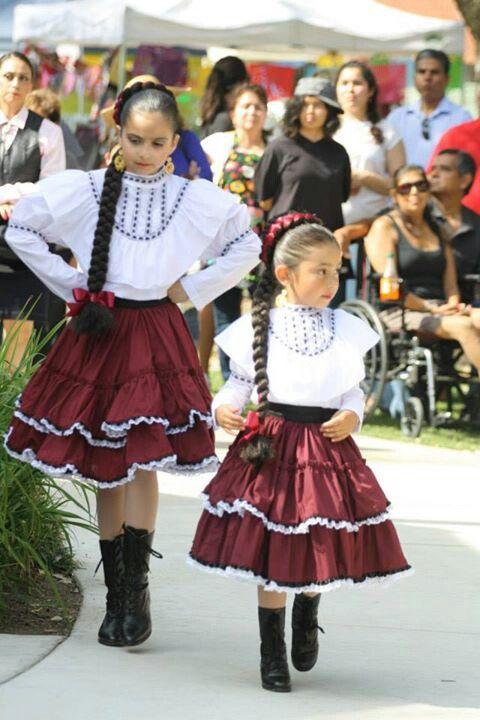 Costume for folklorico norteño
