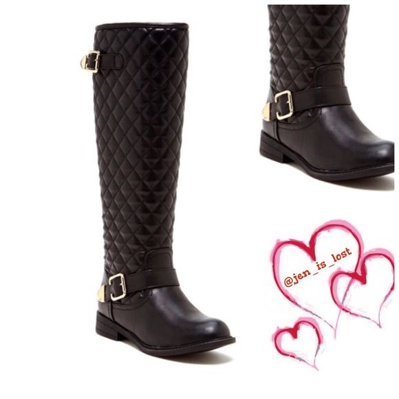 "Pre Black Friday Sale Quilted Boots 7.5 - Sizing: True to size. 7.5 - Round toe - Quilted shaft - Side buckle straps - Side zip closure - Approx. 18"" shaft height, 14"" opening circumference - Approx. 1"" heel - Materials: PU upper and sole Shoes"