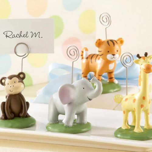 Great idea for table decoration and a favor jungle animal place card holders safari jungle - Deco table jungle ...