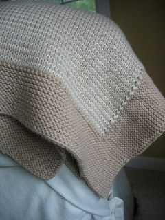 I have been looking for a pattern like this for so long! I made a blanket like this years ago and could never find my mom's pattern after.