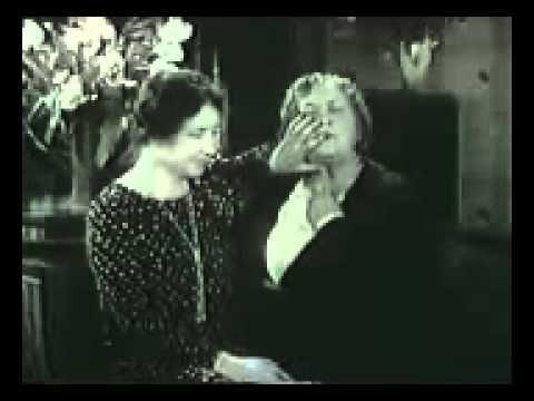 1930 Rare footage of Helen Keller speaking with the help of Anne Sullivan