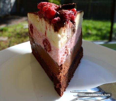 Vec sam pravila cokoladne torte, gdje se smjenjuju sloj za slojem cokoladnog ganache i mousse ali ova torta je zaista nesto posebno. Ni u jedan sloj ne ide secer, osim u donju koru, samo cokolada sa vrhnjem i nekim dodatkom koji joj odredjuje okus. Torta je fantasticna, lagana za izradu a veoma bogata i izdasna. Recept posvecujem zocacro, na njen prijedolo promijenila sam ime torti...