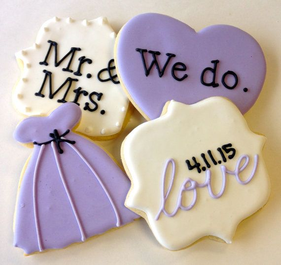 12 beautiful sugar cookies perfect for a bridal shower. Customize these for that special bride and groom by letting us know their wedding date to