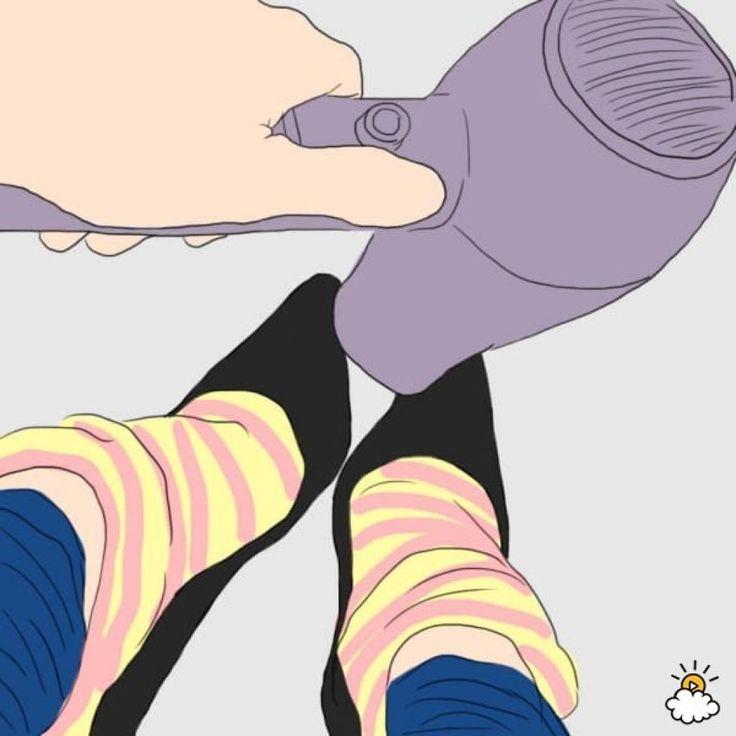 Elle colle ses deux orteils du milieu ensemble, la raison est du pur génie! - Trucs et Astuces - Ayoye