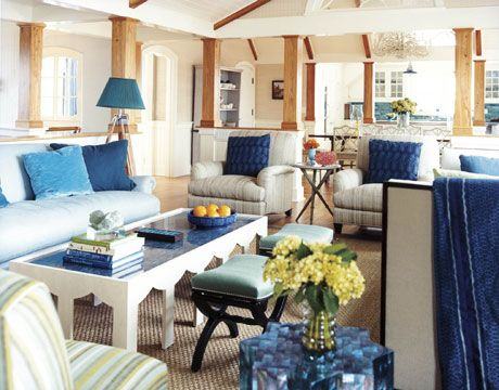 Beach style living room: Blue Rooms, Living Rooms, Houses Beautiful, Cottages Blue, White Decor, White Rooms, Blue Houses, Colors Blue, Blue And White