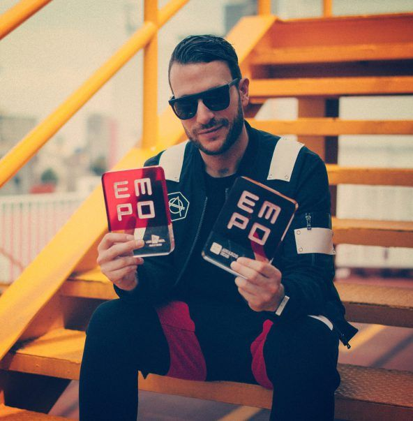 Don Diablo with his 2 EMPO awards for 'Producer Of The Year' & 'Best Furture House DJ'