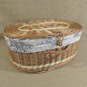 Wiklinowa walizka obszyta materiałem wzór - angielska wieś