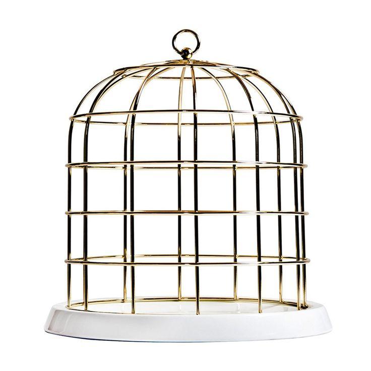 De #Seletti Twitable woondecoratie is ontworpen door #AlessandroDubini. Seletti zelf noemt de Twitable woondecoratie 'een kooi voor je dromen'. En dan de naam, bestaand uit 'twittering' (wat vogels doen) en 'table'. Het zijn ware poëten, de ontwerpers van dit bijzondere Italiaanse designmerk. #accessoires #woonkamer #decoratie #design #modern