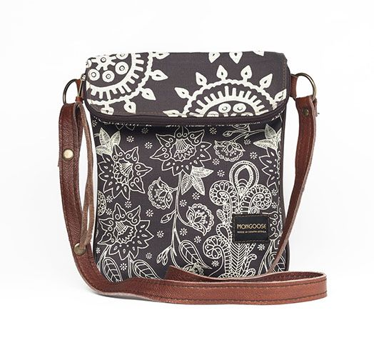 Birdy bag in Cream on Charcoal combo
