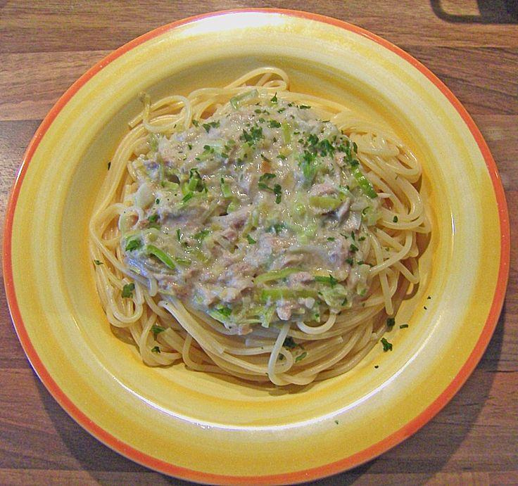 Nudeln mit Porree - Thunfisch - Soße, ein leckeres Rezept aus der Kategorie Kochen. Bewertungen: 68. Durchschnitt: Ø 4,1.