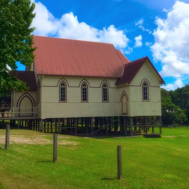 #coramba #corambachurch #picturesque #church #countrynsw #architecture #timber by markcity65