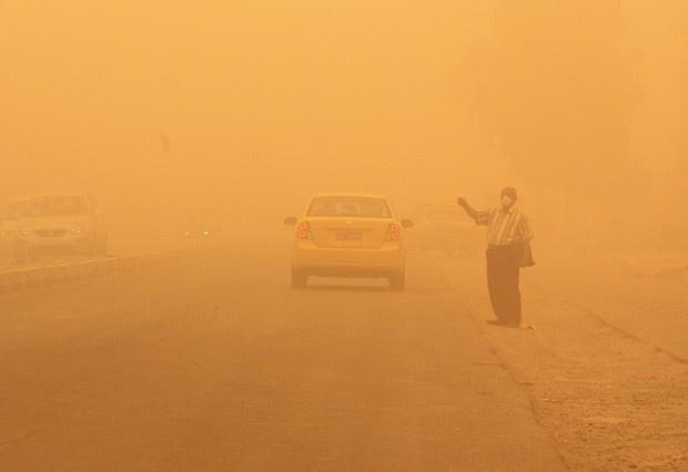 Tempestade de areia na capital do Iraque.