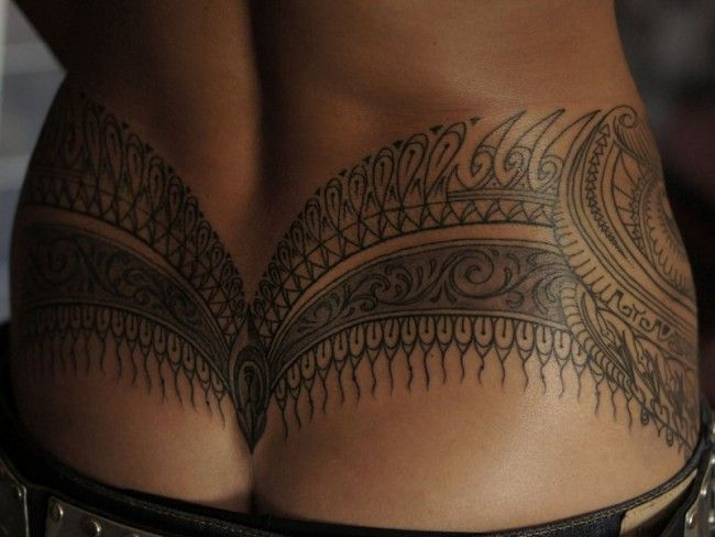 20 Sexy Lower Back Tattoos Designed Specially for Girls