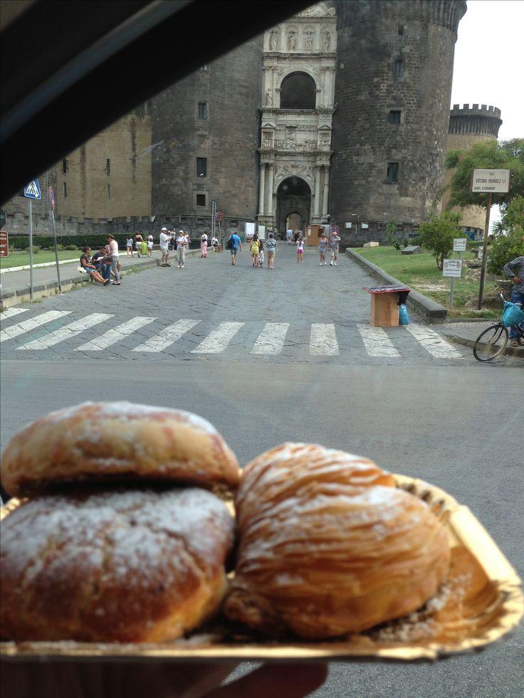 Sfogliatelle riccia e frolla a Napoli