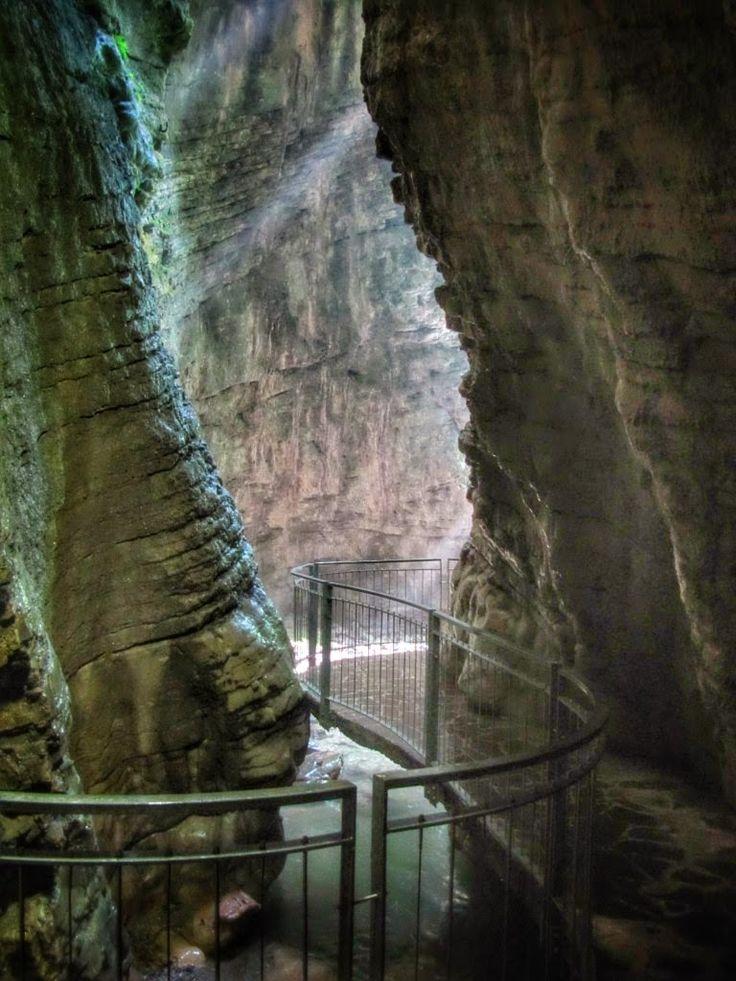 Wandelpad naar waterval Gardameer