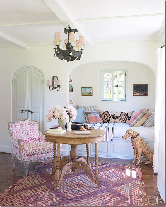 .: Reese Witherspoon, Elle Decor, Chairs, Ree Witherspoon, Reading Nooks, Elledecor, House, Window Seats, Girls Rooms