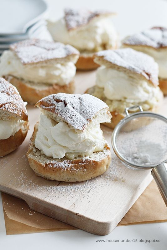 ♕ homemade Cream Puffs ♥ my sister and I made these years ago... fun & delicious!