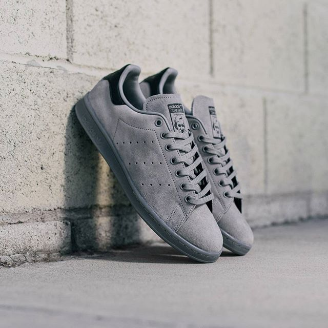 avis basket adidas stan smith suede triple solid grey 2
