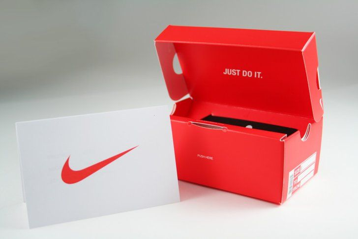 Pin for Later: The Best Gifts For Teens Nike Gift Card A gift card may seem boring, but kids can put this gift toward customizing their own kicks.