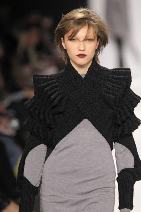 Steven Oo FW 2010 | knitwear | knit | high fashion | runway | catwalk