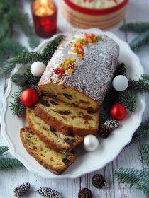A rengeteg aszalt gyümölcs, az olajos magvak teszik tipikus téli és ünnepi csemegévé ezt a süteményt. Jellegzetes...