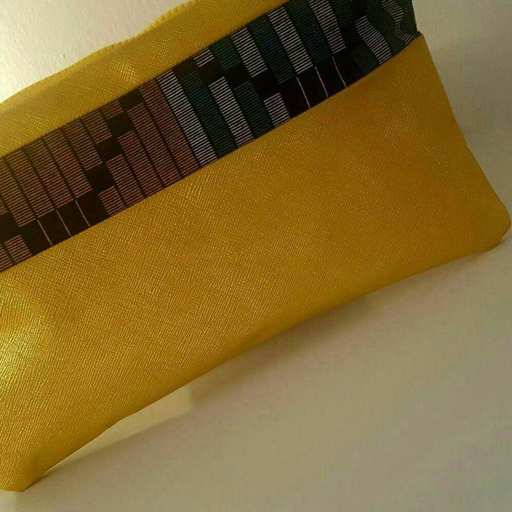 Voici ce que je viens d'ajouter dans ma boutique #etsy: Pochette classe élégante unique en cuir jaune et wax ! Sympa pour les #fetes #sorties Contactez nous par mp pour des personnalisations uniques ! #mode #style #fashion #mode #creations #unique #party #soirees #leather #cuir #commande #love #ootd #modele #paris #madeinfrancce http://etsy.me/2i2LSco