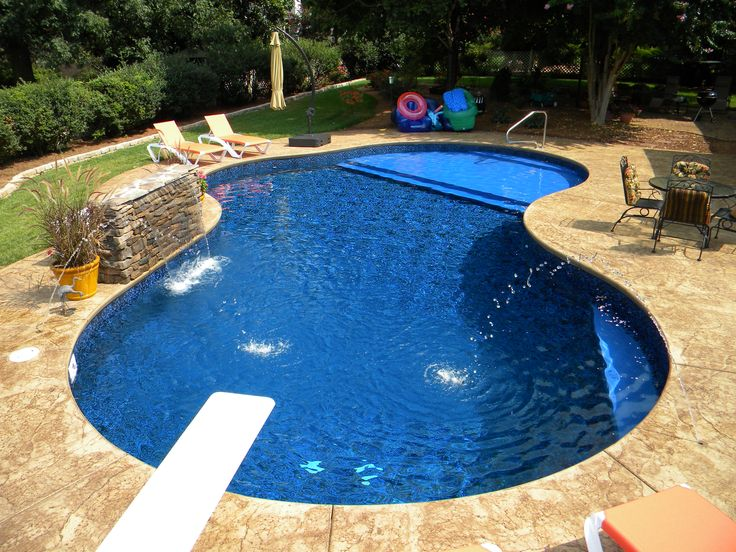 Vinyl pool with sundeck pools pinterest vinyls for Pool design with tanning ledge