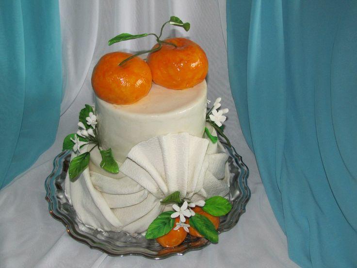 Свадебный торт с мандаринами