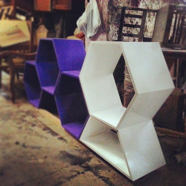 wine cellar #wine #purple #cellar #furniture #rosamexicano #design #dirtychic #chic #diseñomexicano  http://www.byrosamexicano.com.mx/