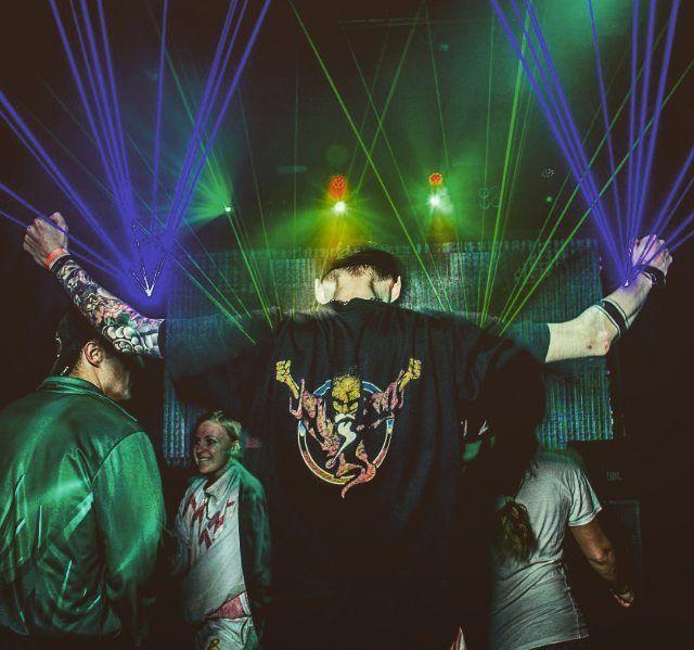 On instagram by tosique1389manchini #gabber #gabbermadness (o) http://ift.tt/20wznkG #vinylmasters #dreamteam #rave #thunderwizard #thunderdomewizard  hardcore #Gabbers #ravers #hardcore #harddance #hardsound #dancefloor #oldschool #90