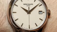 Hands-on review & original photos of the Patek Philippe Calatrava 5153 watch with price, background, specs, & expert analysis.