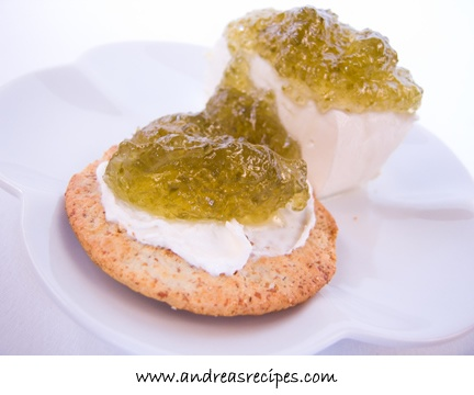 jalapeno pepper jelly=The Bundimun is a magical creature found worldwide. a greenish, many-eyed fungus that feeds on dirt. Their presence is indicated by the foul stench of decay. secretions can rot building structure, and if a house gets a large enough infestation it can collapse. are known to spit out acid that can seriously harm anyone who bothers it.  Bundimun Secretions, when diluted, are used in some magical cleaning solutions.