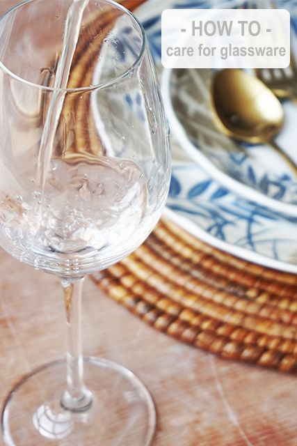 Learn how to make your glassware sparkle with our Top Tips!