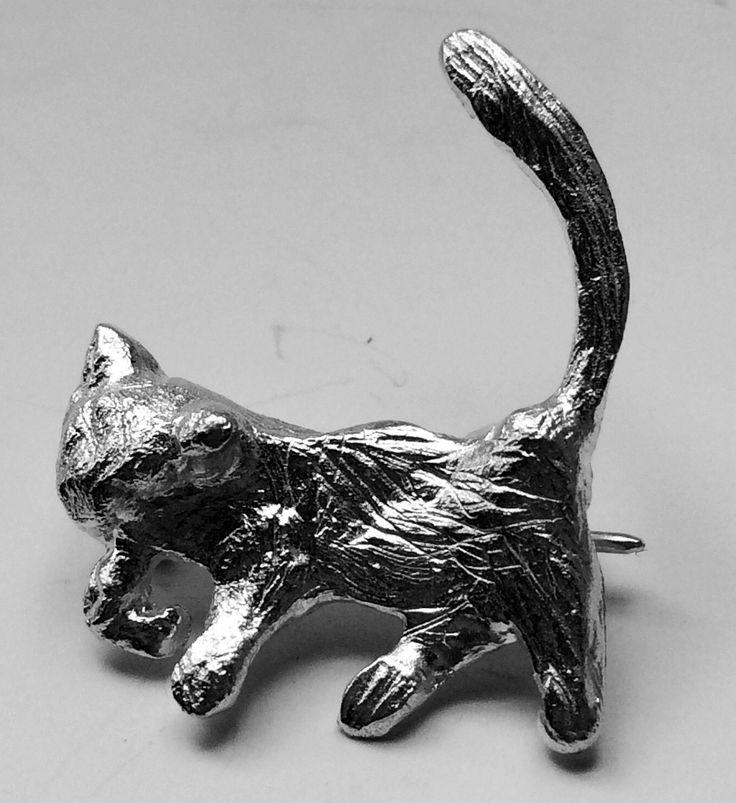 Silver Cat Pin Brooch by kochiokada on Etsy