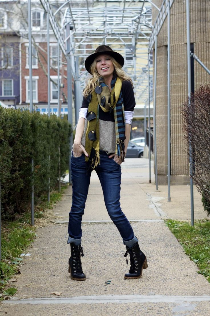 Rolled up jeans with combat boots | Outfit ideas | Pinterest | Rolled up jeans Combat boots and ...