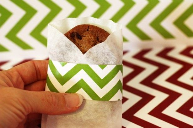 Coffee Filter Cookie Sleeve - Adorable! Perfect use for all those filters I don't use leftover from the cone!