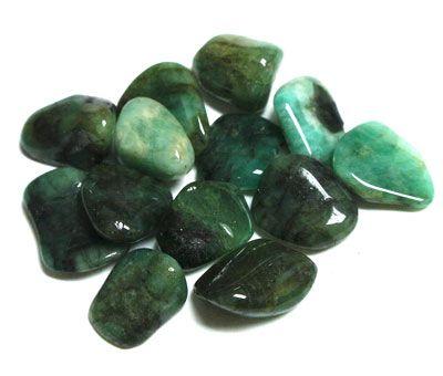 Smaragd - MyKriszta, ásvány ékszer készítő. MyKriszta egyedi ásvány kristály ékszerei.