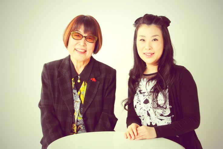 源川瑠々子の『星空の歌』(2015/12/24 更新)歌手・書アート作家 田嶋陽子さん◇今夜のお客様は、歌手・書アート作家の田嶋陽子さんをお迎えします。今回は、田嶋先生と呼ばれるきっかけにもなったTVタックルのお話から田嶋さんの楽曲を聞きながら小椋佳さんが作詞・作曲した『揺蕩い』やご自身の歌についてお話を伺いました。また、書アート作家としての作品作りや書に込めた思いついてを熱く語って頂きました。どうぞ、お楽しみ!!