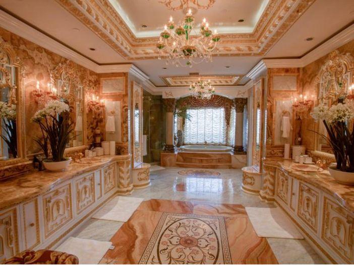 38 8 million stunning mansion in los angeles california for Bathroom 75 million
