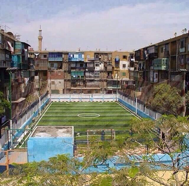 My dream apartment would have a backyard like this Having a soccer