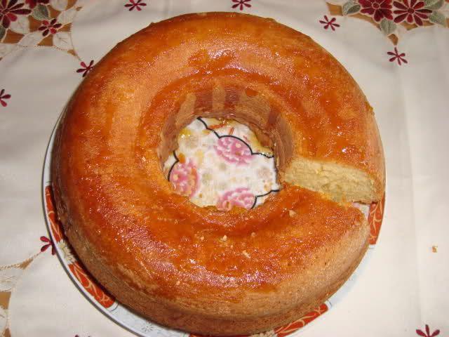 Recept voor cake met wortelsap. 1 glas bevat 200 ml (kan minder of meer zijn). Ik heb wortelsap van de Lidl genomen deze keer, mag ook ander sapje zijn. Deze cake is heel simpel