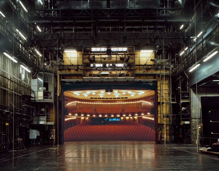 Schauspielhaus Bochum, Bochum | 15 Photos Of What Actors See When They're On Stage