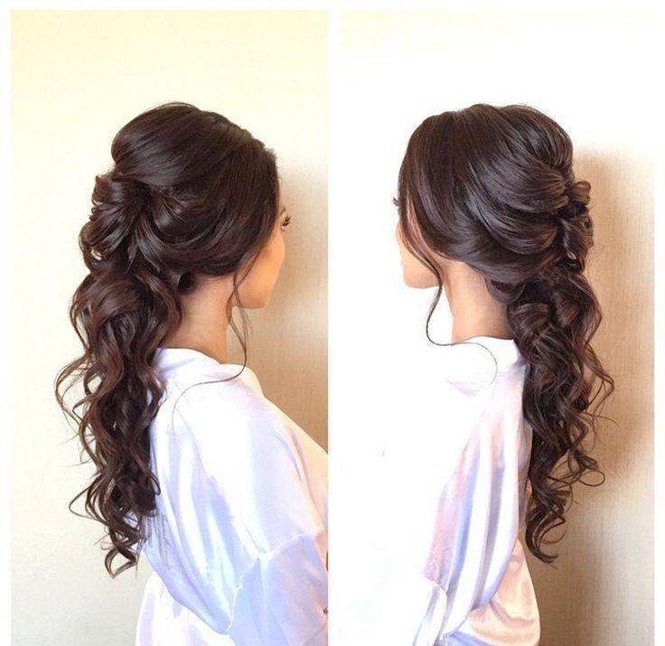 Cute Vintage Bridesmaid Hairstyles : Vintage Hair Trend 2017 https://bridalore.com/2017/04/21/vintage-bridesmaid-hairstyles-vintage-hair-trend-2017/