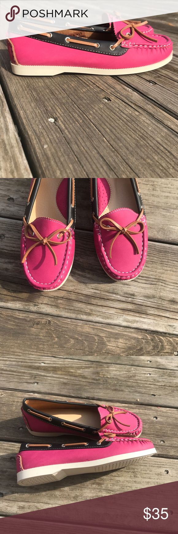 NEW 💕 Cute Pink and Black Boat Shoes Sz 7.5 How Cute!! New in Box. Size 7.5. Fit is true to size. Very comfortable padded insoles. Shoes Flats & Loafers