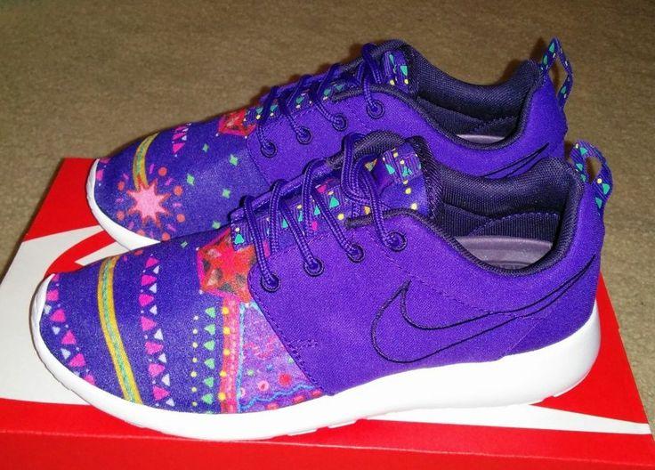 quality design b98dd 6d671 ... Nike Roshe Run Purple Moypup MP Midnight Craftwork Rosherun Floral QS  652875-500 ...