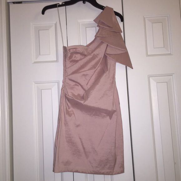 Formal Light Pink dress Dress from Macy's worn once for a couple hours for a semi formal, light pink/blush color. Size is a 3/4 Macy's Dresses One Shoulder