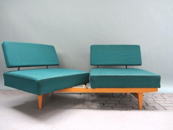 Florence Knoll 3 Seater Sofa Images