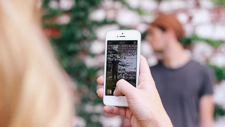 Smartphones: Las mejores aplicaciones para tomar y editar fotos con tu móvil. Noticias de Tecnología. De pago y gratuitas. Para Android y para iOS. La oferta es grande, pero existe mucha morralla. Esta lista reúne aquellas que no deberían faltar en tu smartphone